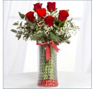 Aranjmanlar - Cam Vazoda 5 Gül eskişehir çiçek, çiçek satın al, eskişehir online çiçekçi, eskişehir çiçekçi, eskişehir ucuz çiçek, eskişehir internetten çiçek